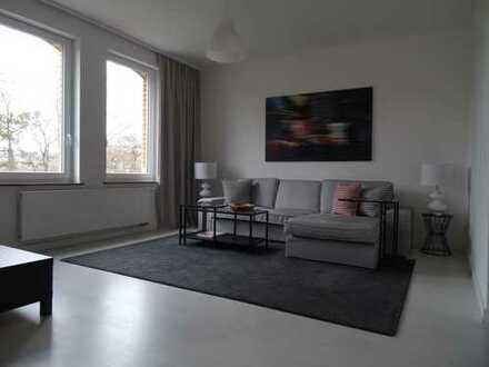 Moderne, helle, möblierte 5-Zimmer Wohnung in Stuttgart, Bad Cannstatt