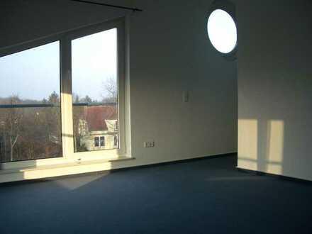 Attraktive 2-Raum-Maisonette-Wohnung in Alt-Osterholz mit Balkon von Privat