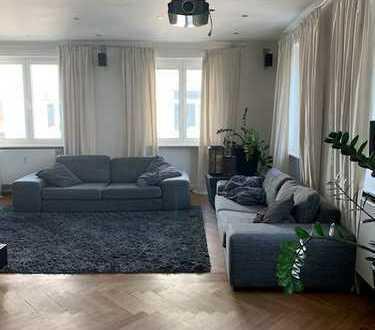 Modernisierte 4-Zimmer-Wohnung mit Balkon und EBK in Malsch