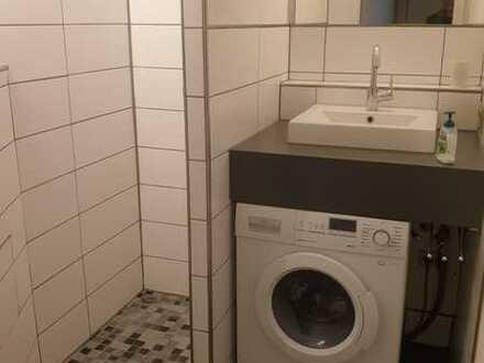 Exklusive, neuwertige 1-Zimmer-Wohnung mit EBK in Stuttgart-Sillenbuch