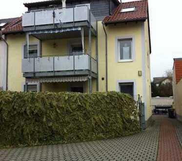3 Zimmer Wohnung mit EBK u. gr. Terrasse