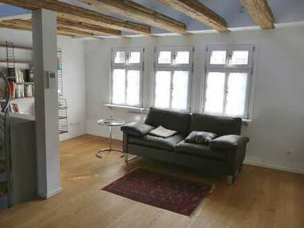 Exklusives Wohnen mit Altstadtcharme - zentral in Bad Homburg - mit sonniger Terrasse