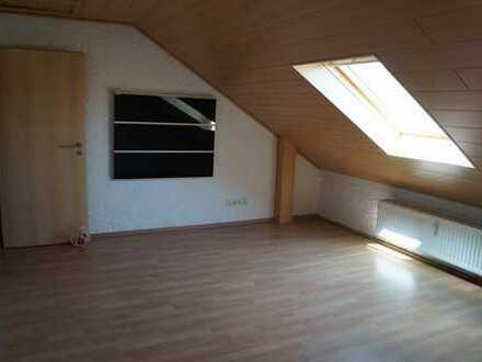 3 Zimmer Dachgeschosswohnung in Eich