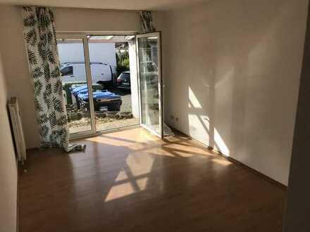 KL - Hohenecken, 1 Zimmer Appartement mit Pantryküche, Terrasse, Tageslichtbad
