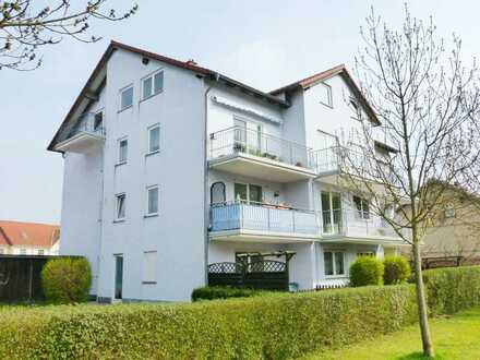 Ruhige 2-Zimmer-Wohnung mit Einbauküche, Balkon und Carportnutzung in Neuruppin