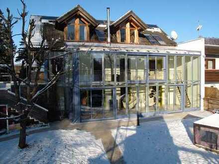 Großes, geräumiges Haus mit neun Zimmern am Weßlinger See mit 50qm großem Atelier