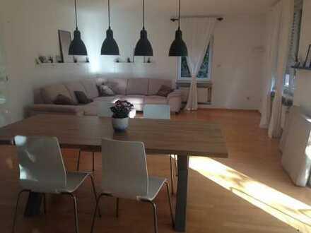 Gepflegte 3,5-Zimmer-EG-Wohnung mit Terrasse und EBK in Dossenheim