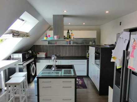 4-Zimmer-Dachgeschosswohnung mit Garage und eigenem Gartenanteil in Pfinztal-Wöschbach
