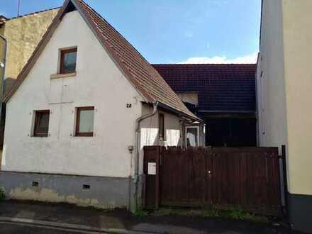 Tolles Abrissgrundstück in ruhiger Wohnlage in Kraichtal-Unteröwisheim