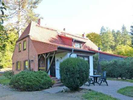 Doppelhaushälfte in idyllischer Waldrandlage