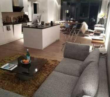 Gepflegte 2-Zimmer-Wohnung mit Balkon und Einbauküche in Rahlstedt, Hamburg