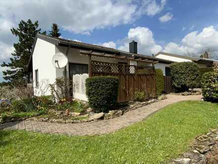 Modernisiertes Einfamilienhaus mit fünf Zimmern und Einbauküche in Cortendorf, Coburg