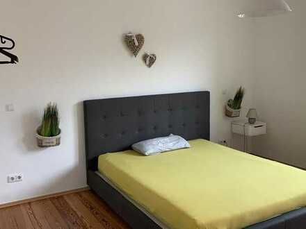 Ruhiges Zimmer in 3er WG in Blankenloch, 200m vom Bahnhof