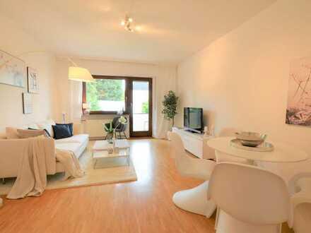 Toll geschnittene, modernisierte 3-Zimmer-Wohnung mit Balkon und EBK in Feldrandlage