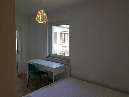 Möbliertes 16qm Zimmer mit Balkon nähe Uniklinik
