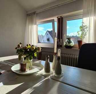2-Zimmer-Dachgeschoss-Wohnung mit Einbauküche an Nichtraucher zu vermieten