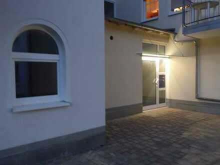 Erstbezug einer hochwertig sanierten 3-Zimmerwohnung