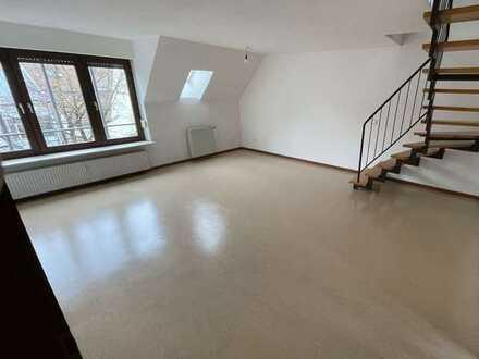 Maisonette-Wohnung mit Loggia in zentraler und dennoch ruhiger Lage zu vermieten