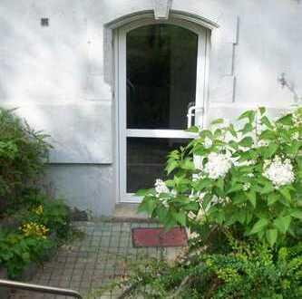 3 RWE mit Garten auch für WG oder als Büro geeignet