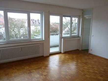 Helles 1-Zimmer Appartement in Stuttgart Weilimdorf mit Balkon,ruhig + zentral gelegen