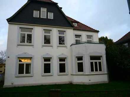 Schön aufgeteilte 3,5-Zimmer-Wohnung im Erdgeschoß