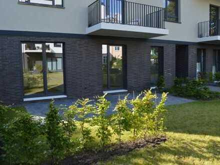 Praktische 4-Zimmer-Erdgeschosswohnung mit Terrasse und eigenem Garten im ruhigen Innenhof gelegen