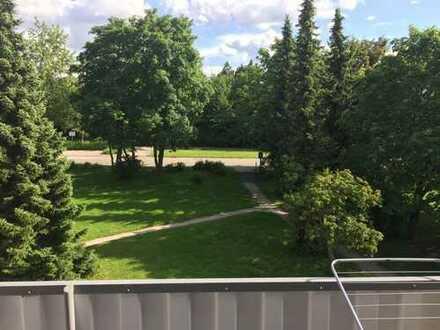 Sonnige 3-Zimmer-Wohnung im 2.OG mit SW-Balkon in Onstmettingen-Hohberg