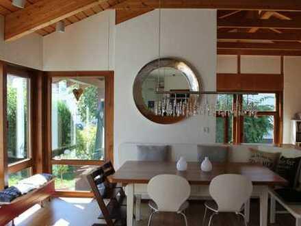 Ein großzügiges und besonderes 3-Familienwohnhaus mit vielen Optionen in sehr guter Wohnlage