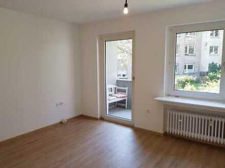 Frisch renovierte 1-Raum Wohnung mit Balkon
