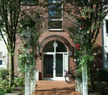 Gemütliche 2-Zimmer-DG-Wohnung mit Wintergarten in Hamm-Süden!