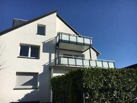 Neu ausgebaute, helle 110 qm große DG-Wohnung in BO Weitmar-Mark mit Balkon