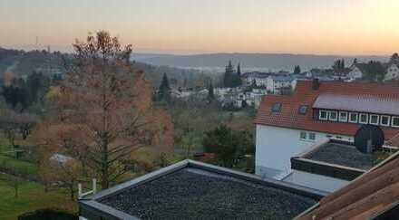 Schöne drei Zimmer Wohnung in Esslingen (Kreis), Esslingen am Neckar