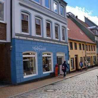 Rote Strasse Renditeobjekt mit beachtlichem Entwicklungspotential