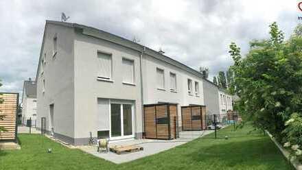 !!! ERSTBEZUG !!! Buchraingebiet - Westend   Helle, großzügige 5-Zimmer Reiheneck- und Mittelhäuser