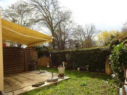 Erdgeschosswohnung, mit Terrasse, Gartenfläche, Seeblick