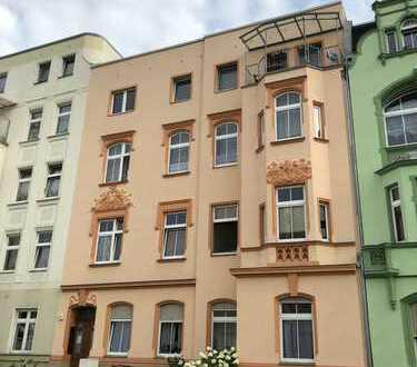 Jobcenter geeignet !!! kleine schicke 1½-Zi.-DG-Wohnung mit Schlafnische & Balkon