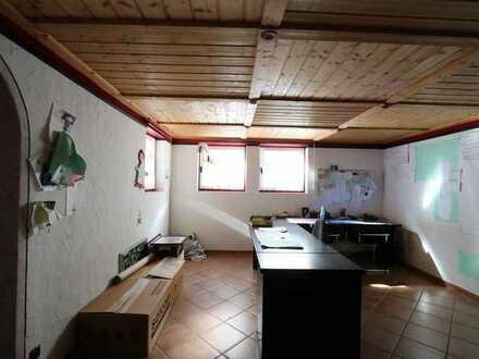 Büro und Lagerfläche im Souterrain