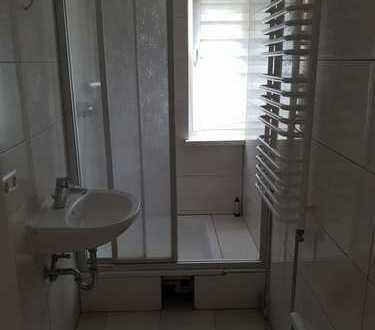 Helle 2,5-Raum-Wohnung mit Dusche