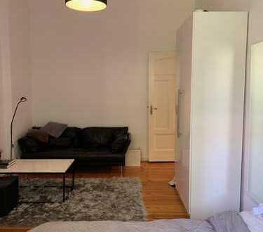 Möbliertes 25qm Zimmer in netter 2er WG, zentral 14.09.2019 – 01.09.2020