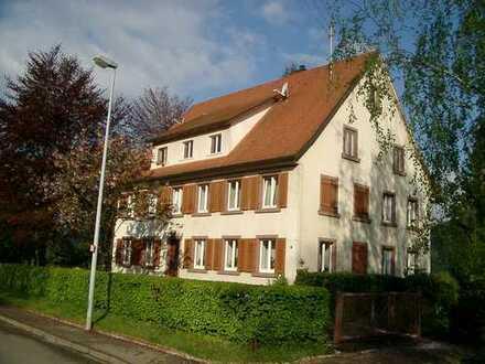 100 m² 3 Zimmer Wohnung in idyllischer Umgebung