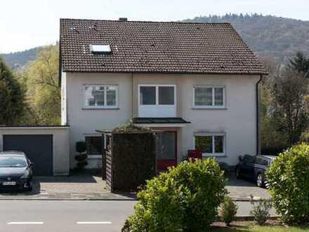 Sonnige 4 – Zimmer – Wohnung mit Südbalkon und Stellplatz