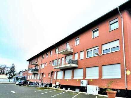 Attraktives Wohn-/Geschäftshaus mit einer Halle in zentraler Lage in Hürth