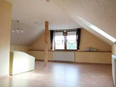 In Gabsheim Single gesucht!! ** Helle Dachgeschoßwohnung in ruhiger Lage ** Mit Einbauküche