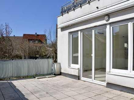 Schöne 6-Zimmer-Wohnung mit großem Garten und Terrasse