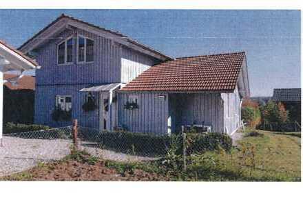 Schönes, kleines Haus mit drei Zimmern in Ebersberg (Kreis), Ebersberg