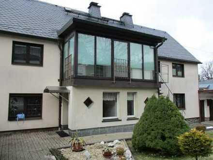 Geräumiges modernisiertes Wohnhaus mit Einliegerwohnung in Hormersdorf zum Verkauf