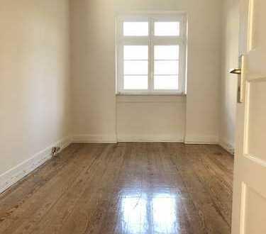 Helle 3-Zimmer Wohnung in der Karlsruher-Oststadt, verkehrsgünstig gelegen