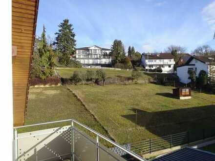 Helle 3,5-Zimmer-Mietwohnung mit großem Balkon und schöner Aussicht