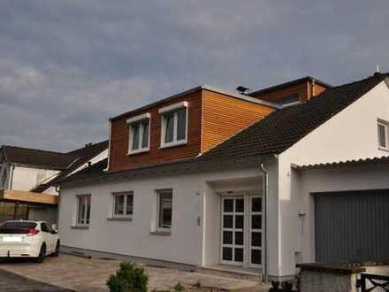 Exklusive 4,5 Zimmer Terrassenwohnung mit phantastischem Fernblick in Bestlage in Kleinostheim