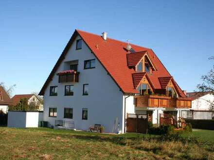 Attraktive 4-Zimmer-Dachgeschoß- Wohnung in Pforzheim-Hohenwart mit ausgebautem Speicher